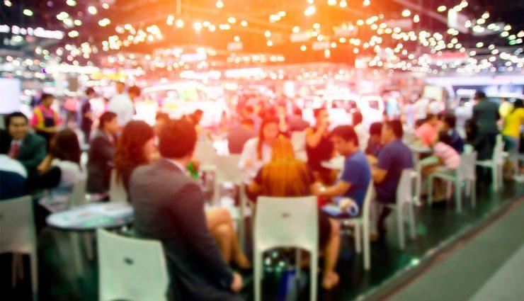 Nacka Företagarträff – personer som minglar