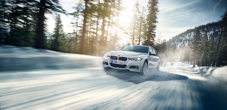 BMW kör i vinterlandskap – Bilia Group, Partner till Nacka Företagarträff